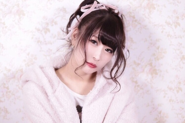 瀬戸万莉愛 モデルからコスプレ、シンガーまで。マルチに活躍する次世代のライブアイドル