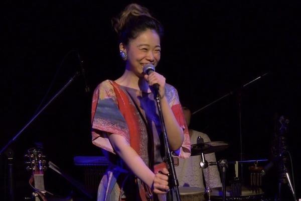 ほのか まっすぐな笑顔と歌声で伝える、愛と命のメッセージ