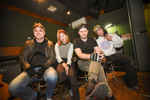 JOHNSONS MOTORCAR――2nd Album『ROCKSTAR CIRCUS』リリース直前インタビュー