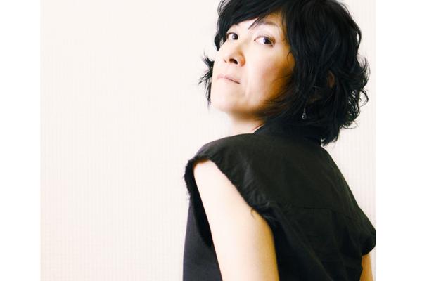 篠原美也子 普遍的なメロディと豊かな詞世界、圧倒的な歌唱があなたの心を揺らす