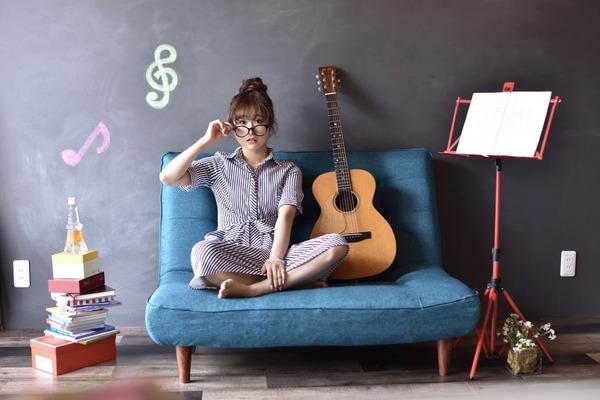 奈良ひより 幅の広いバルーンボイスでトップアーティストからも注目を集めるシンガーソングライター