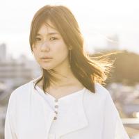 聴き手の心を勇気づける、中嶋ユキノの歌