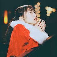 相澤香純。 透明で柔らかい歌声で描かれる、心に刺さる言葉たち