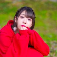 """萌々奈 ポップンダークな世界観を歌う""""配信ガーソングライター"""""""