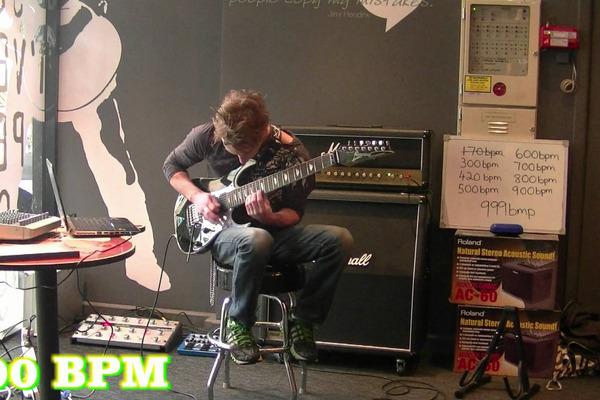 世界最速のギターが速すぎてよくわからない~BPM999ってなに~