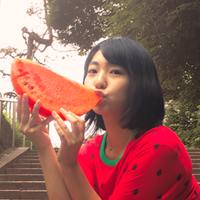 ナチュラルなアイドル性で人々を魅了する夏芽優李とは?