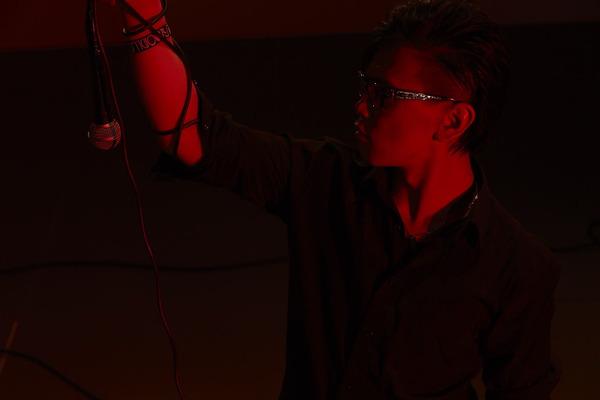 タラチオ アグレッシブな激情を歌い上げる実力派歌い手