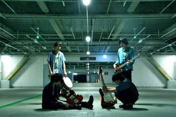 漂う儚さと美しい音色で魅了するバンド【Nichrome】